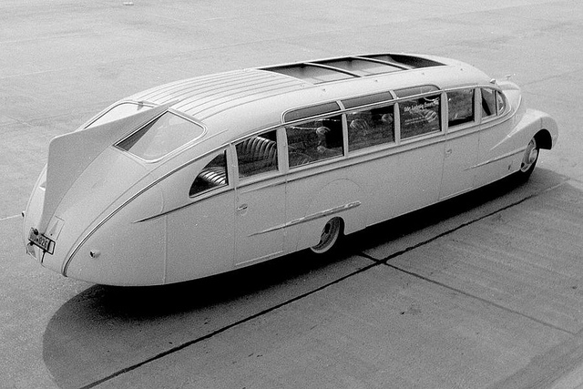 1938 Opel Blitz with Aero-Bus body by Ludewig Bros.