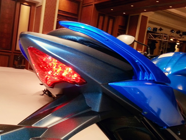 2014-suzuki-gixxer-150cc-unveiling-photo-g5_640x480